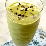 Grønn proteinshake med mintsmak