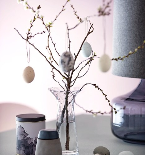 INTERIØRTIPS-Bruk-Rosendahls-Filigran-vase-til-påskepynten