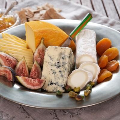 6 geniale oppskrifter med ost til dessertmenyen (og ostefatet!)