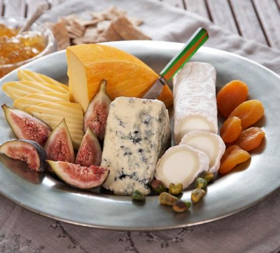 OPPSKRIFTER PÅ OSTEDESSERTER Ost på menyen på ostefatet
