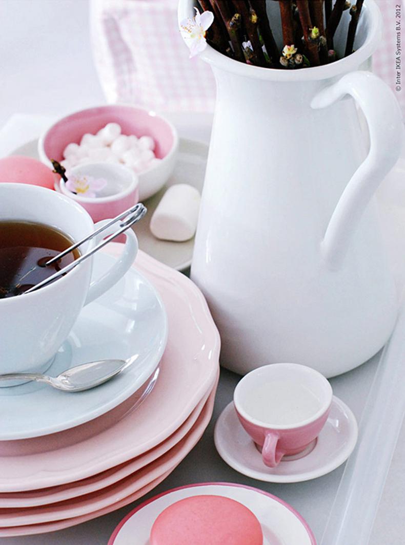 INTERIØRTIPS - Rosa bord i frisk pastell