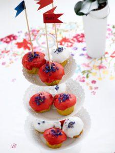 muffins-i-rodt-hvitt-og-bla%cc%8att