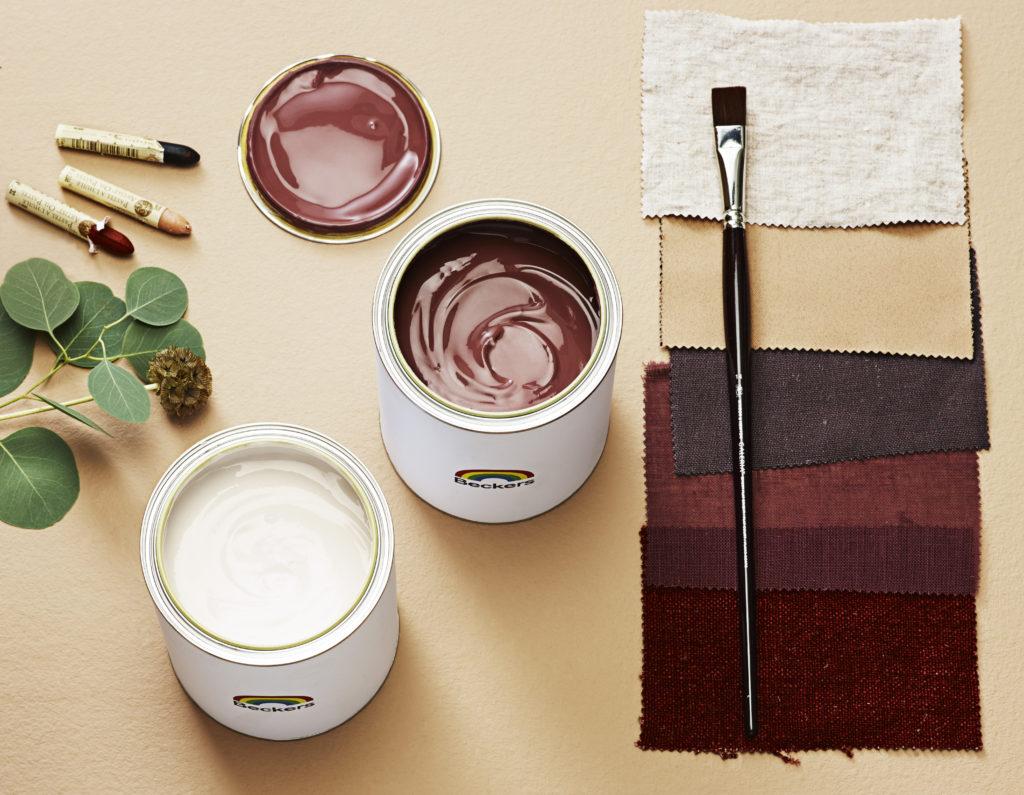Maling og fargerprøver.