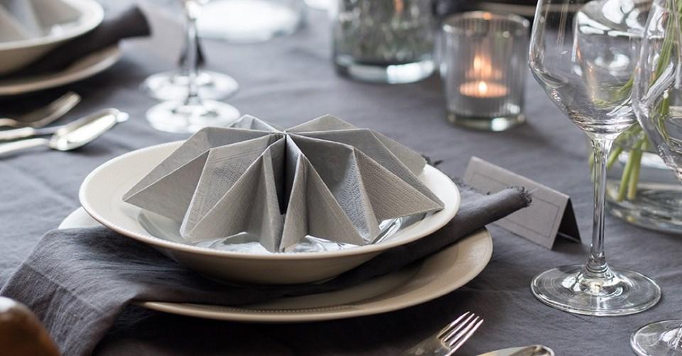 Napkin folding for wedding table
