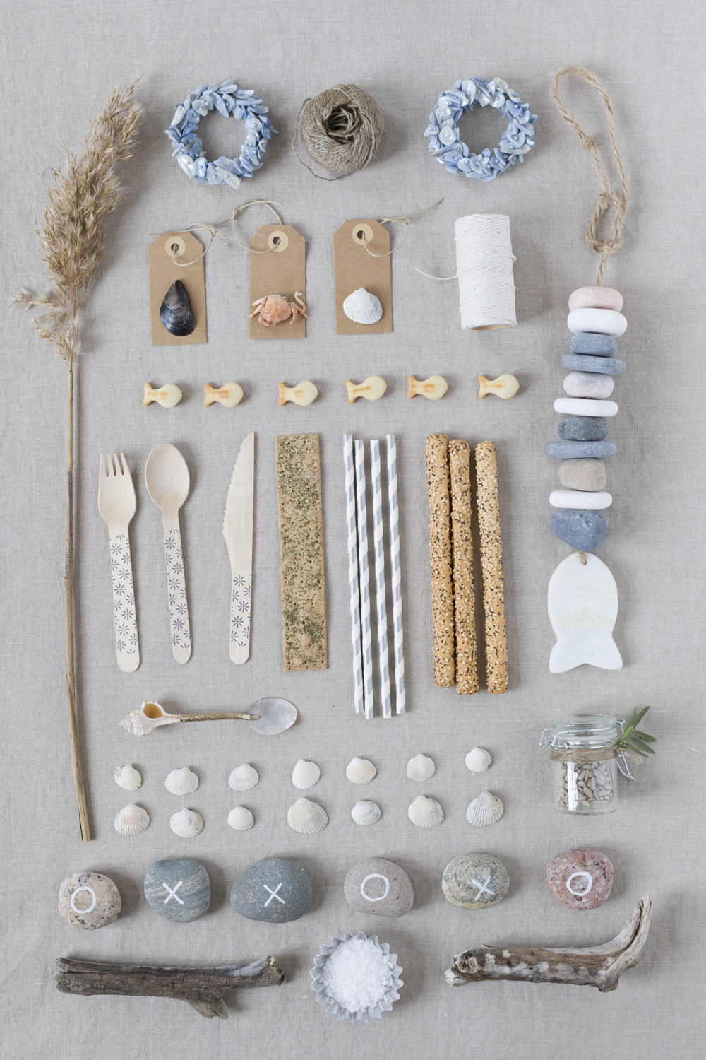 collage - materials - decor - beach party