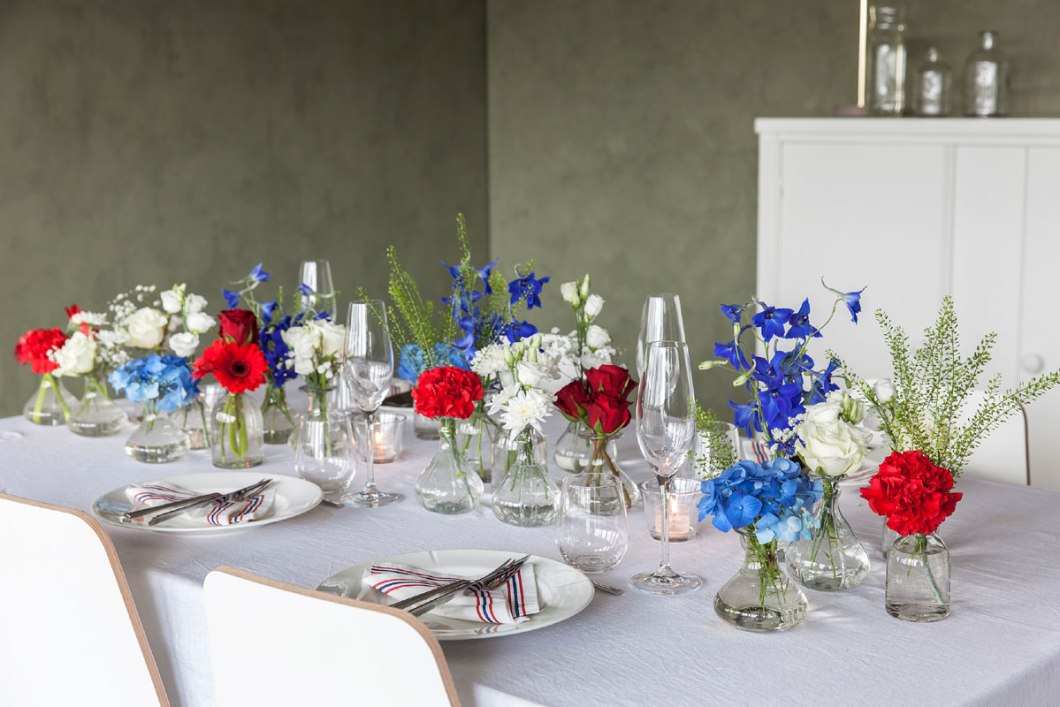 Table decor with flowers in vases