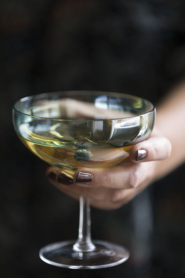 FREDAGSDRINKEN Oppskrift cocktail med akevitt og hvit te