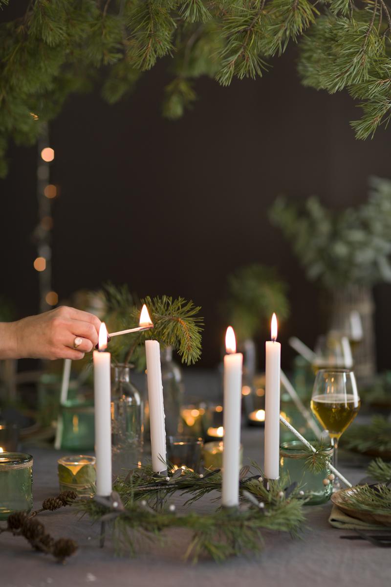 Hjemmelaget adventsstake av ferdigkjøpt stake, samt furu fra skogen
