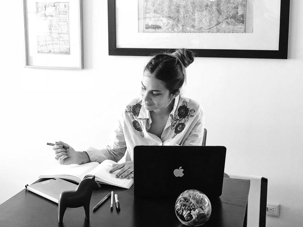 María Perrier Creativa, Redactora, Especialista en Marketing digital