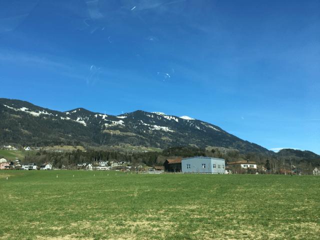 Kontraster i Alperna