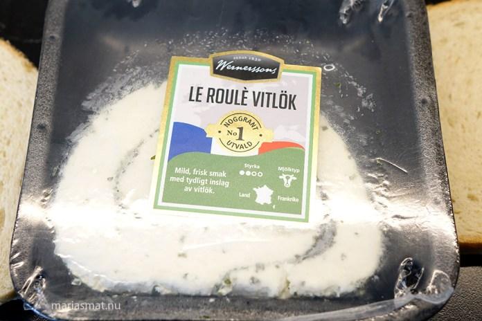 Varma mackor med Le roulè vitlöksost
