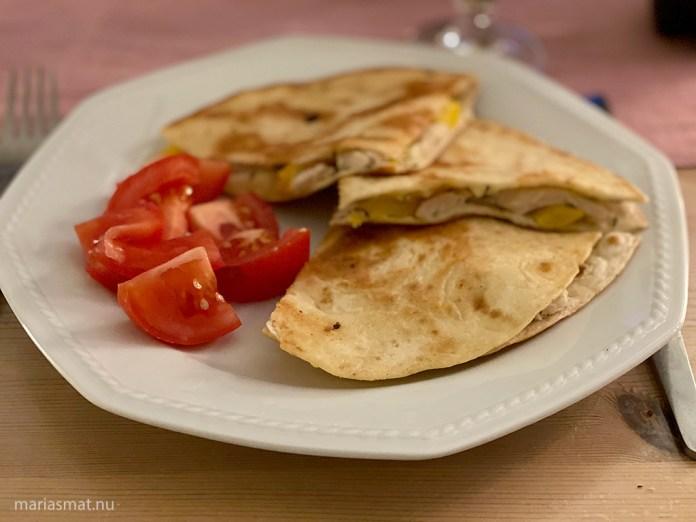 Quesadillas med kyckling och mozzarella