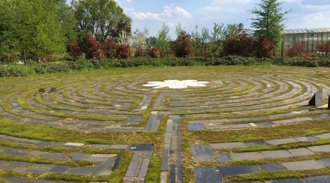 Maria labyrint Wernhout en Natura Planten