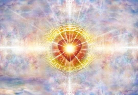 Doe geregeld mijn Wonderlijk Helende 'LeMUria Silvery Moon Meditatie' & drink LeMUria Kristalwater