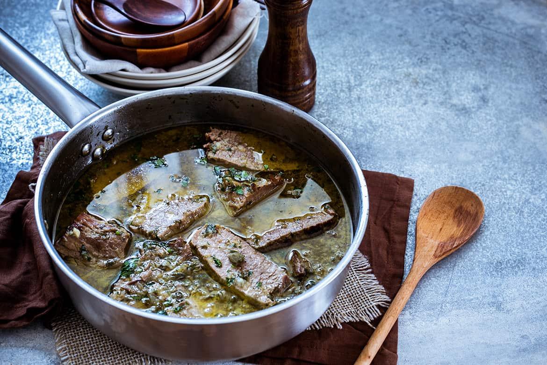 Carne de res en aceite de oliva