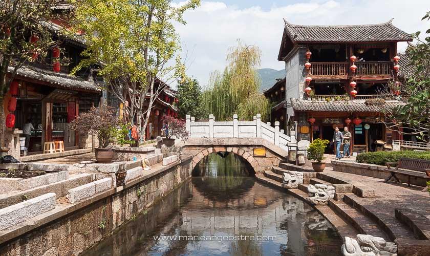 Chine, pont de la vieille ville de Lijiang, Yunnan © Marie-Ange Ostré