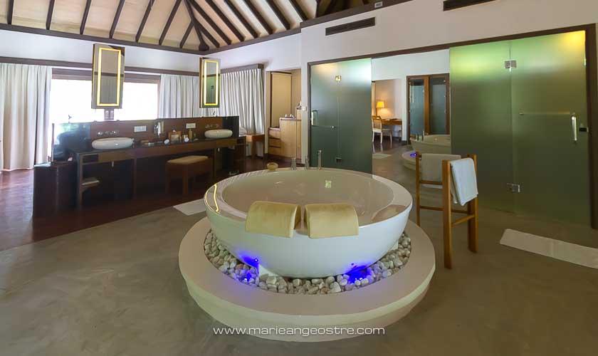 Maldives, villa sur plage hôtel Coco Palm Bodu Hithi © Marie-Ange Ostre