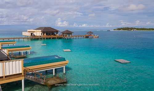 Maldives, hôtel Angsana Velavaru, villas sur pilotis © Marie-Ange Ostré