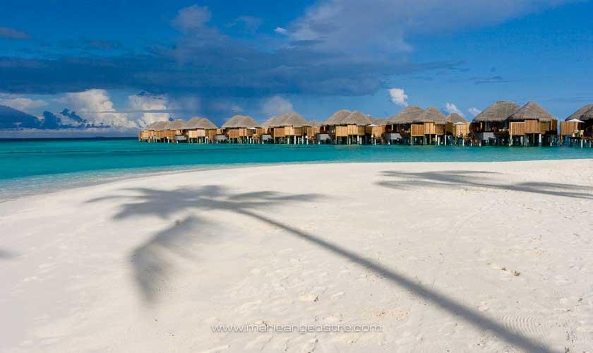 Maldives, villas sur pilotis au Halaveli Resort © Marie-Ange Ostré