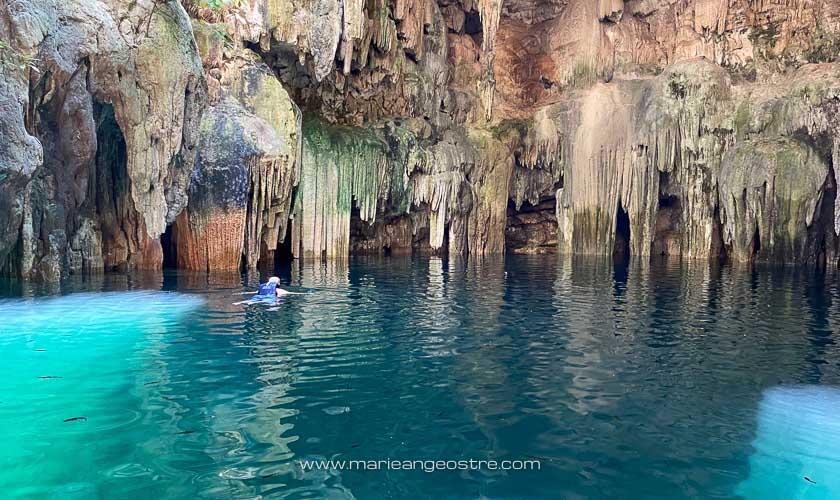 Mexique, nager dans le cenote de Tsukán © Marie-Ange Ostré