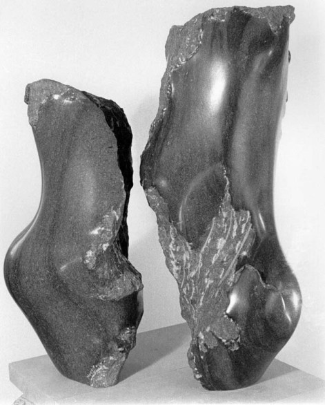 No 65 L'entre-deux (1981). Photo: Léo-Paul LeBlanc. h = 73 cm et 61 cm