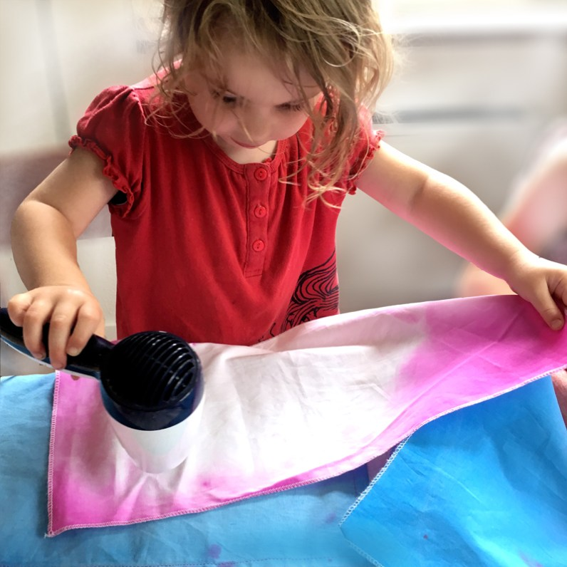 Make-A-Mark_Smart-Textile-Printed-Play-Children_Marie-Ledendal-2b