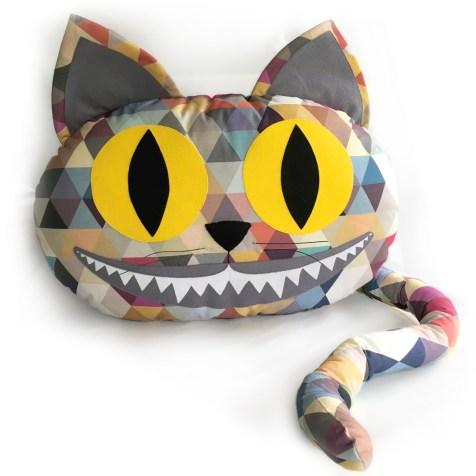 Alice-In-Wonderland-Cat_unique_doll-by-Marie-Ledendal-webB