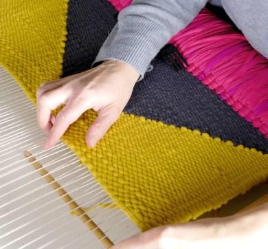 Weaving-Geometrica-Process-by-Marie-Ledendal-web-insta