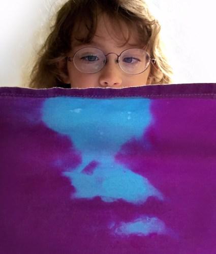 Thermochromic-textile-Smart-Textiles-for-kids-by_Marie-Ledendal-1-web