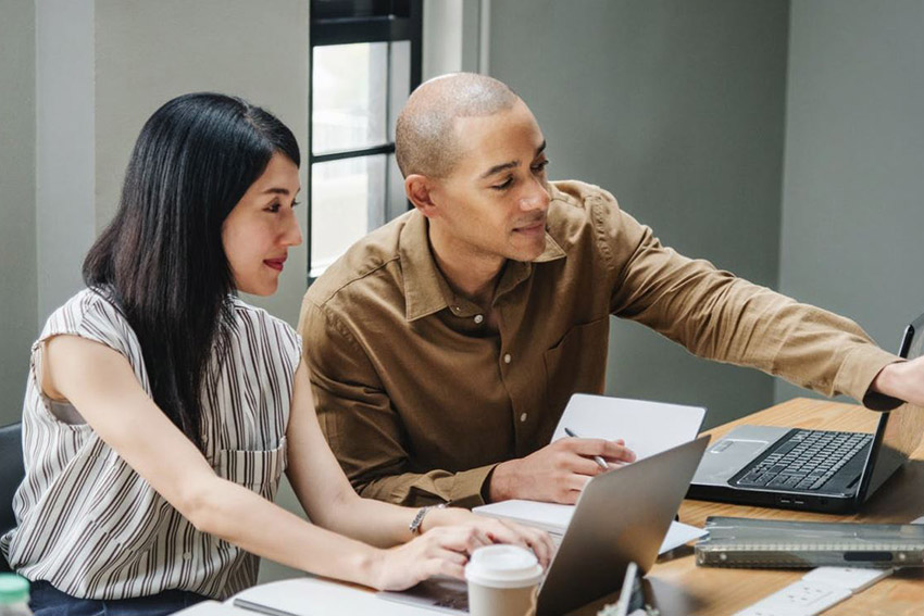 How Employees Can Stay Engaged and Productive