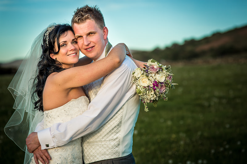 Beautiful sunlight for wedding portrait at the end of the day