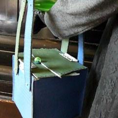 Uit de serie: Handtas op sokkel