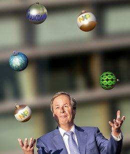 Bedrijfsfotografie NXP; kerstkaart met juggler