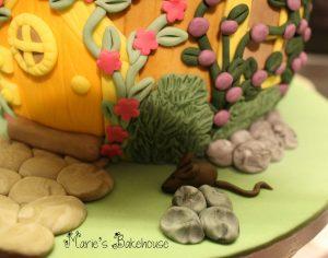 Step By Step Photos For Decorating An Acorn Fairy House