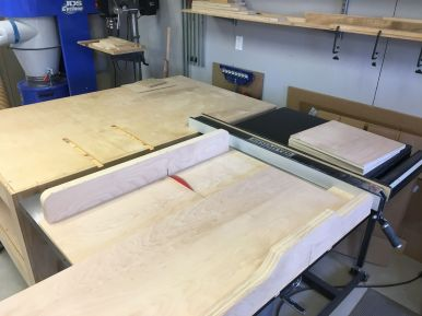 Crosscutting Plywood with Tablesaw Sled