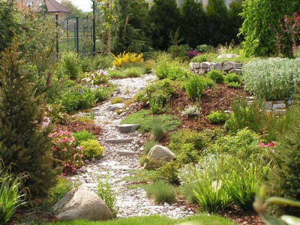 natural garden marigreen