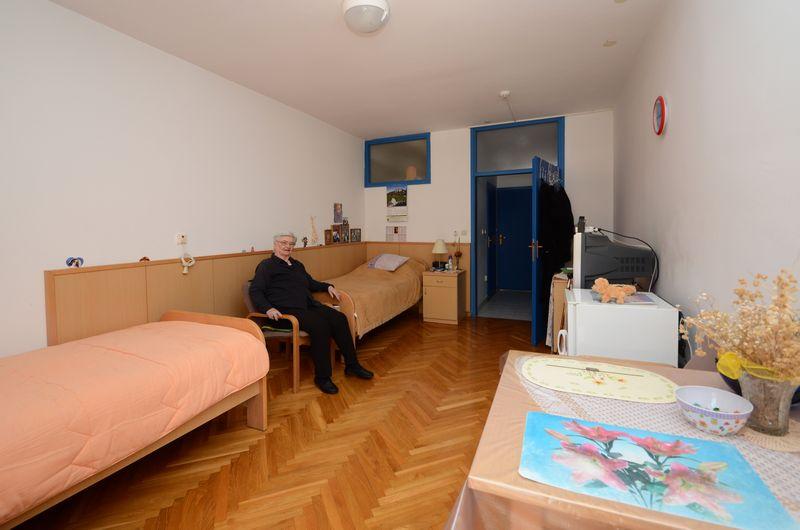 dom-marija-petkovic-blato-interijer-05