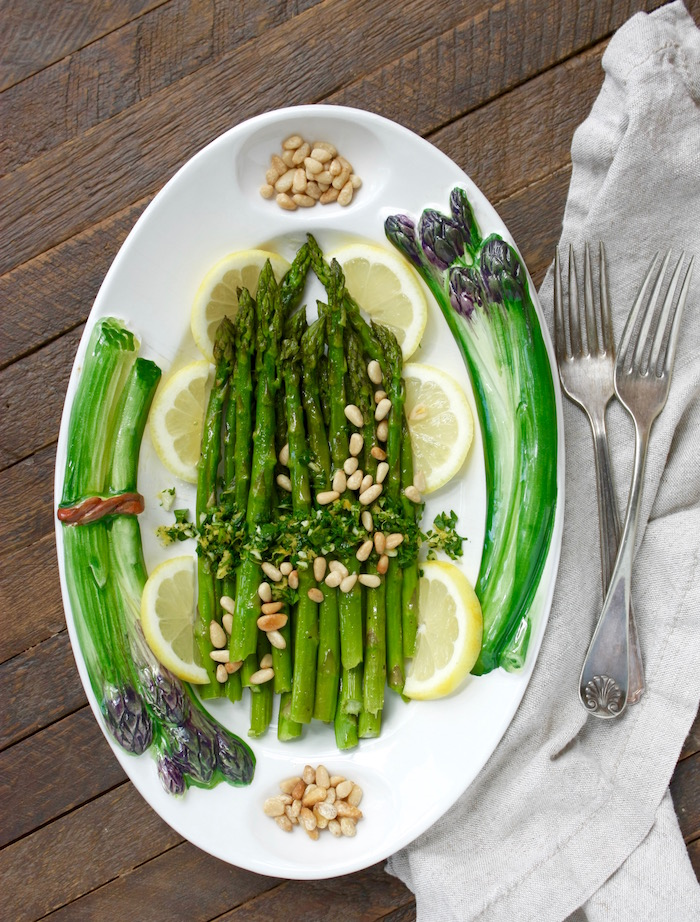 roasted asparagus with gremolata