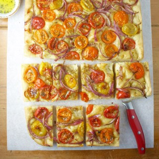 Greek Flatbread with Tomatoes and Onions (Ladenia)