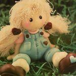 Muñeca Pepona country en porcelana fría
