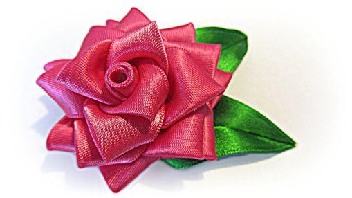 Rosa de cinta raso