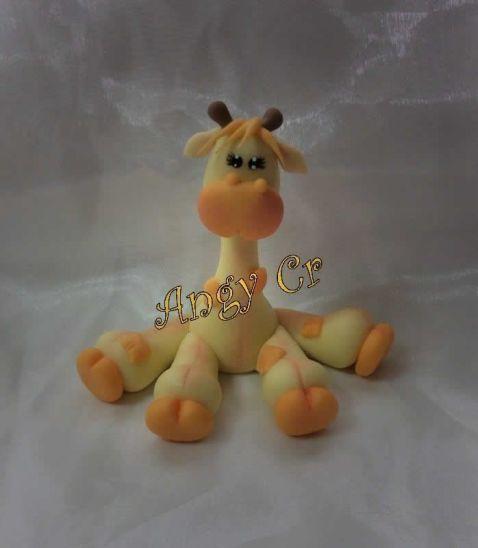 jirafa-en-porcelana-fria