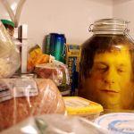 DIY cabeza en frasco para Halloween