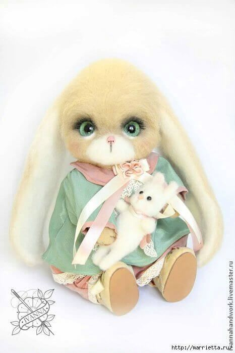 Conejo con lana afieltrada