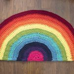 DIY alfombra de trapillo arco iris