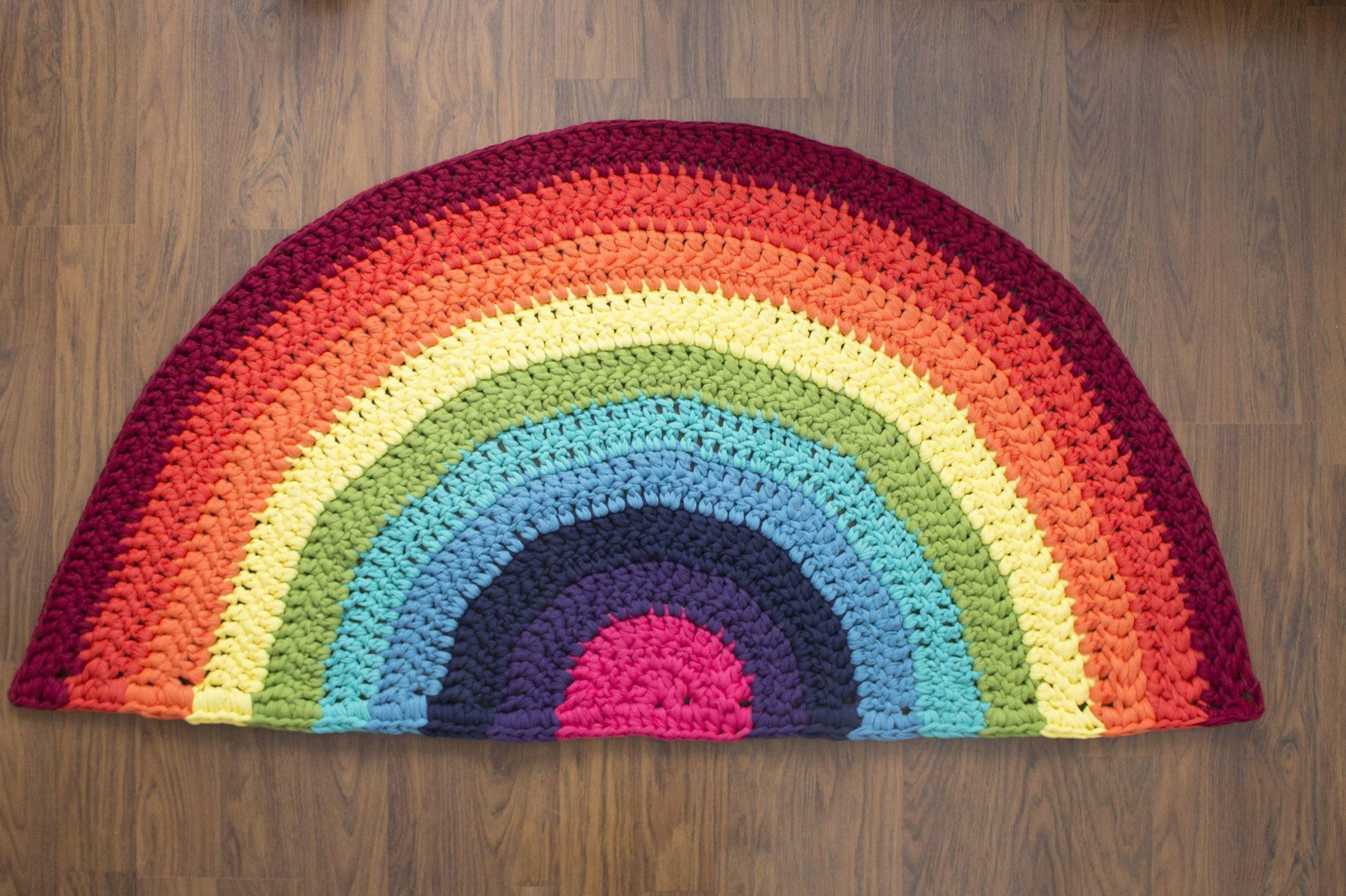 DIY alfombra de trapillo arco iris - Marina Creativa
