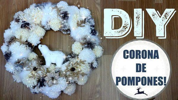 DIY Corona navideña con pompones de lana