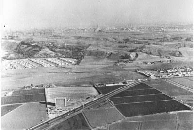 hpv212bw-aerial-jefferson-sepulvedadrive-in-baldwin-hills-1930s