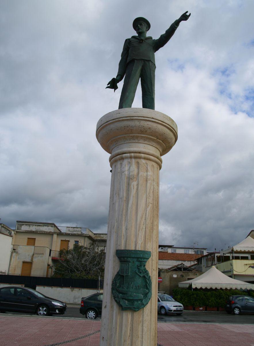 Monumenti ai Caduti del Mare CALABRIA  Marinai dItalia