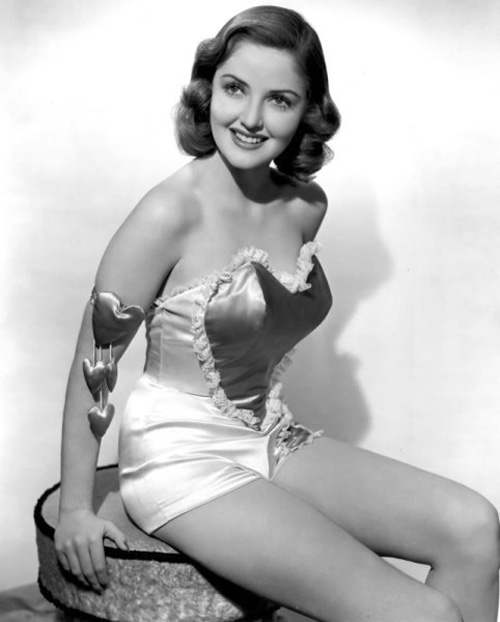 valentines-day-pinup-martha-vickers